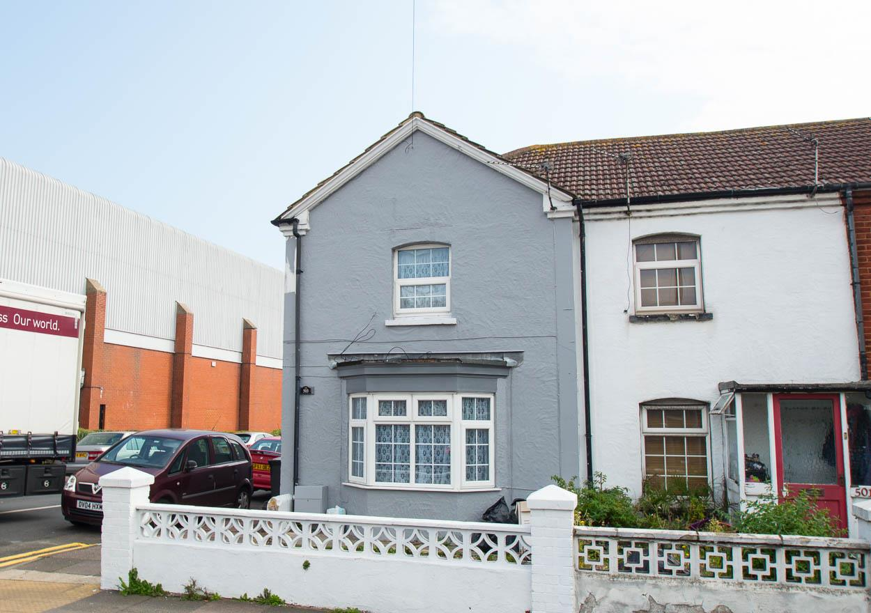 2 Bedrooms End Of Terrace House for sale in Seaside, Eastbourne